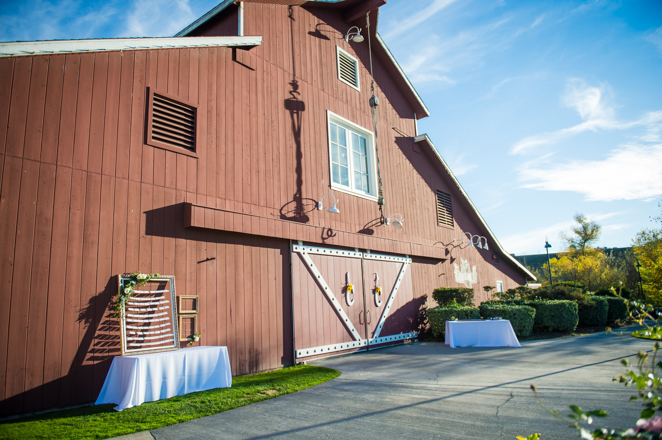 34Strawberry Farms Golf Course Wedding Pictures.jpg