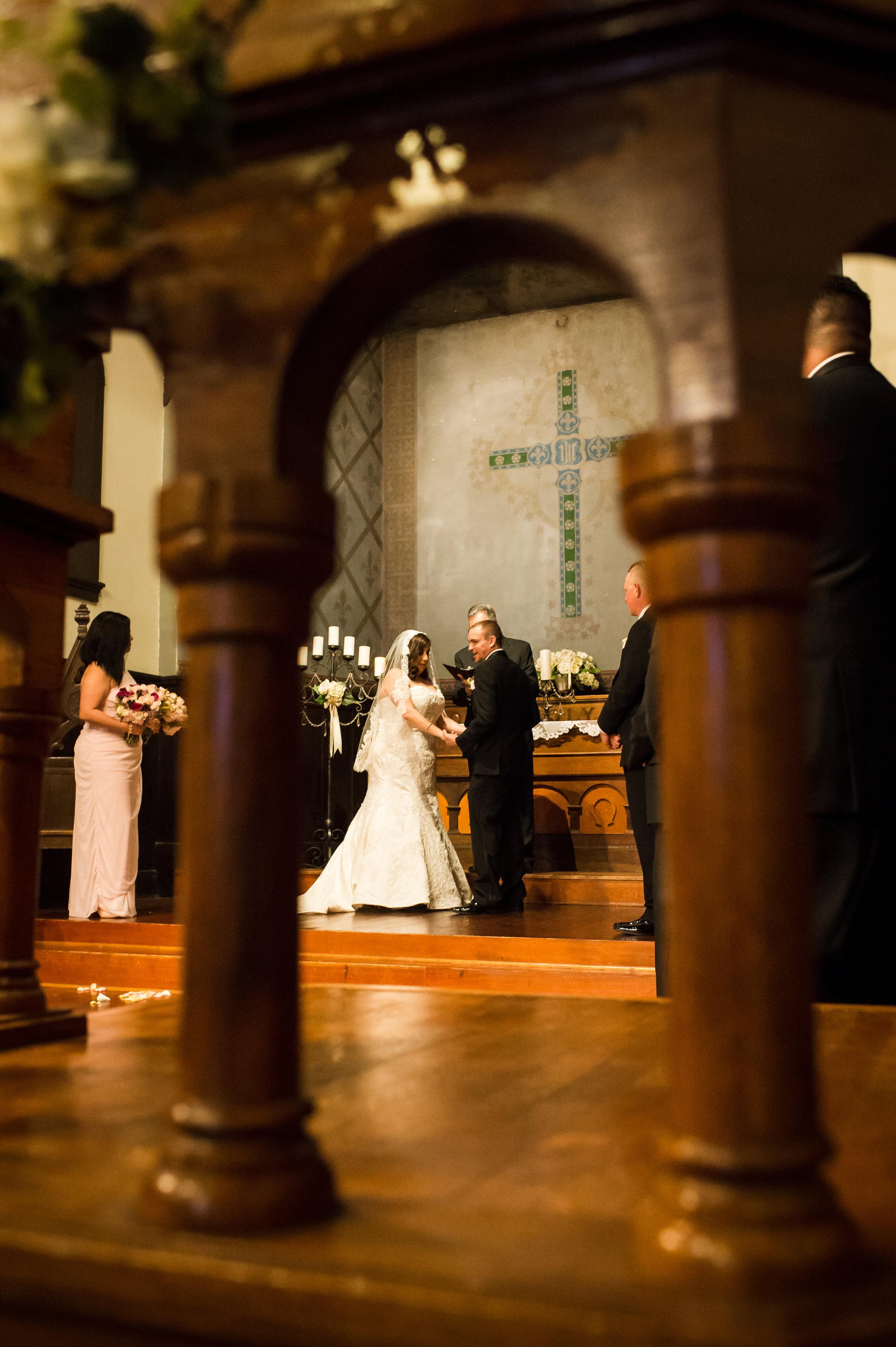 03Fleur de Lis Chapel Wedding Pictures.jpg