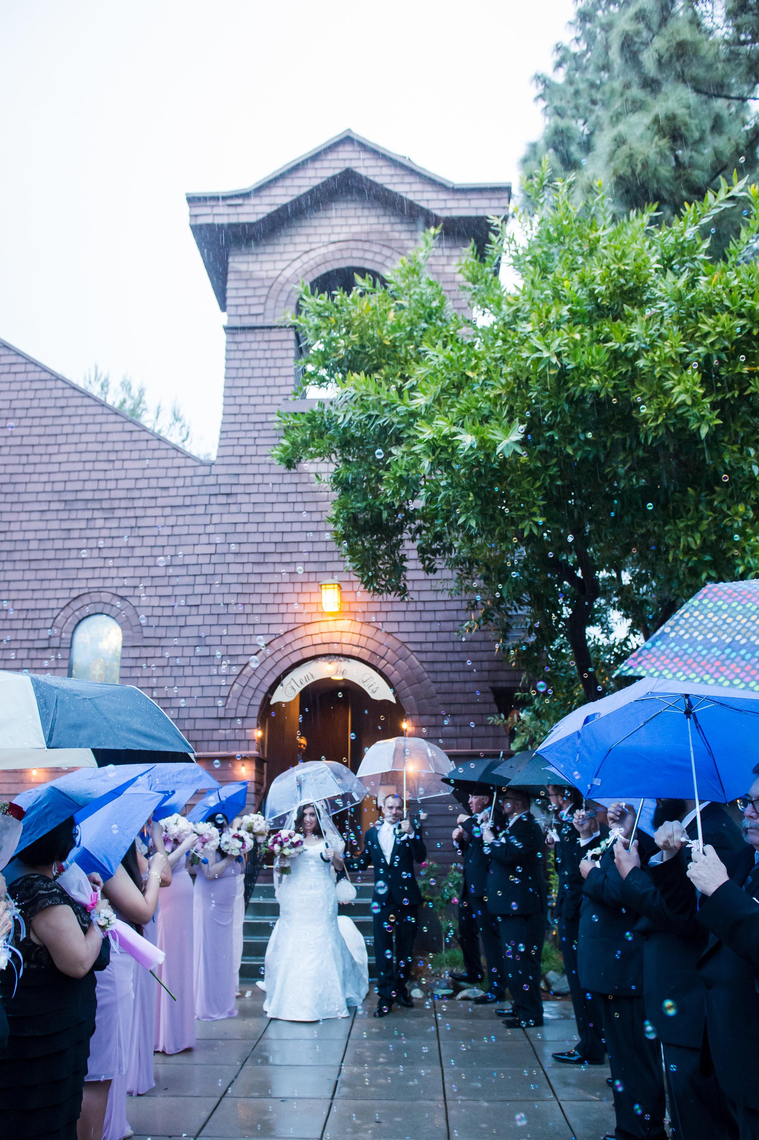 05Fleur de Lis Chapel Wedding Pictures.jpg