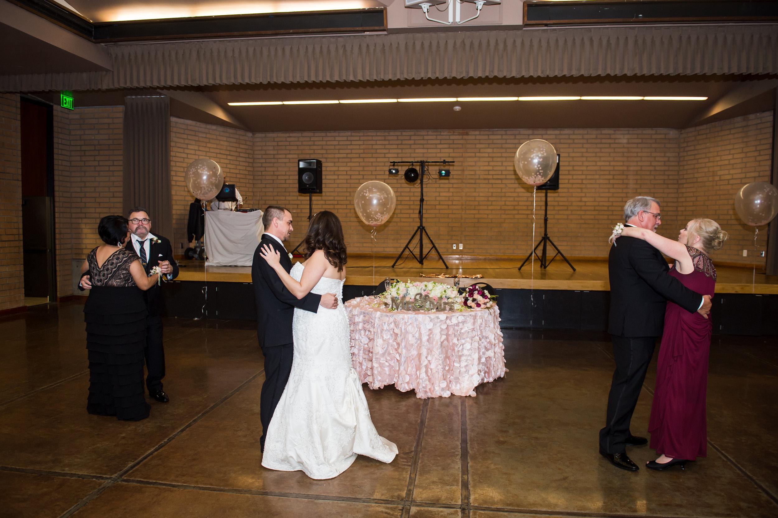 18Fleur de Lis Chapel Wedding Pictures.jpg