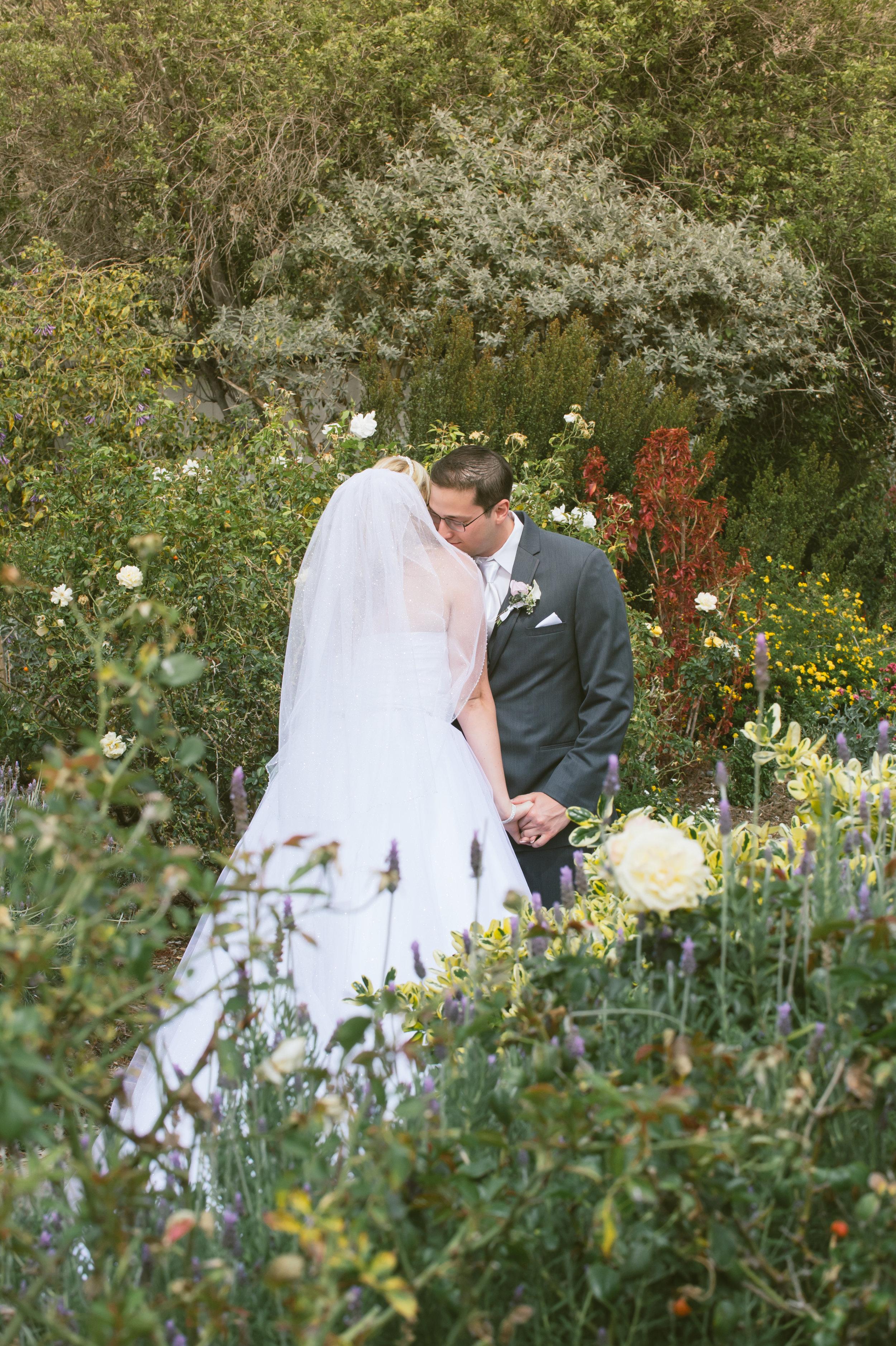 14Strawberry Farm Golf Club Wedding Pictures.jpg