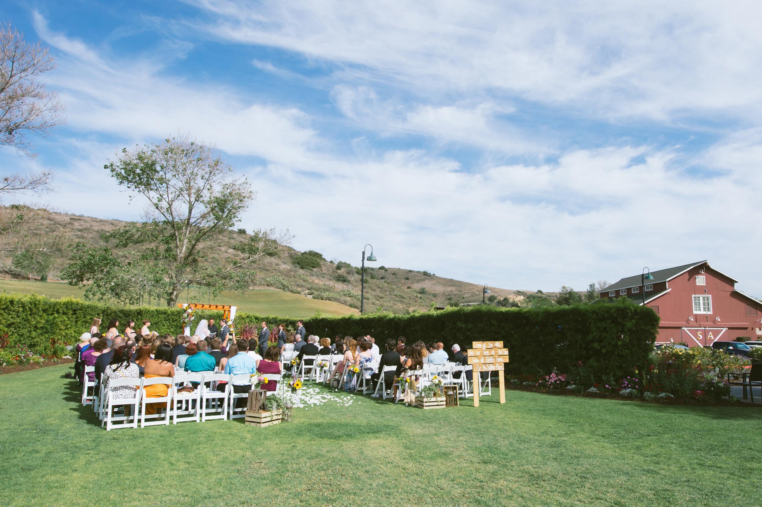 18Strawberry Farm Golf Club Wedding Pictures.jpg