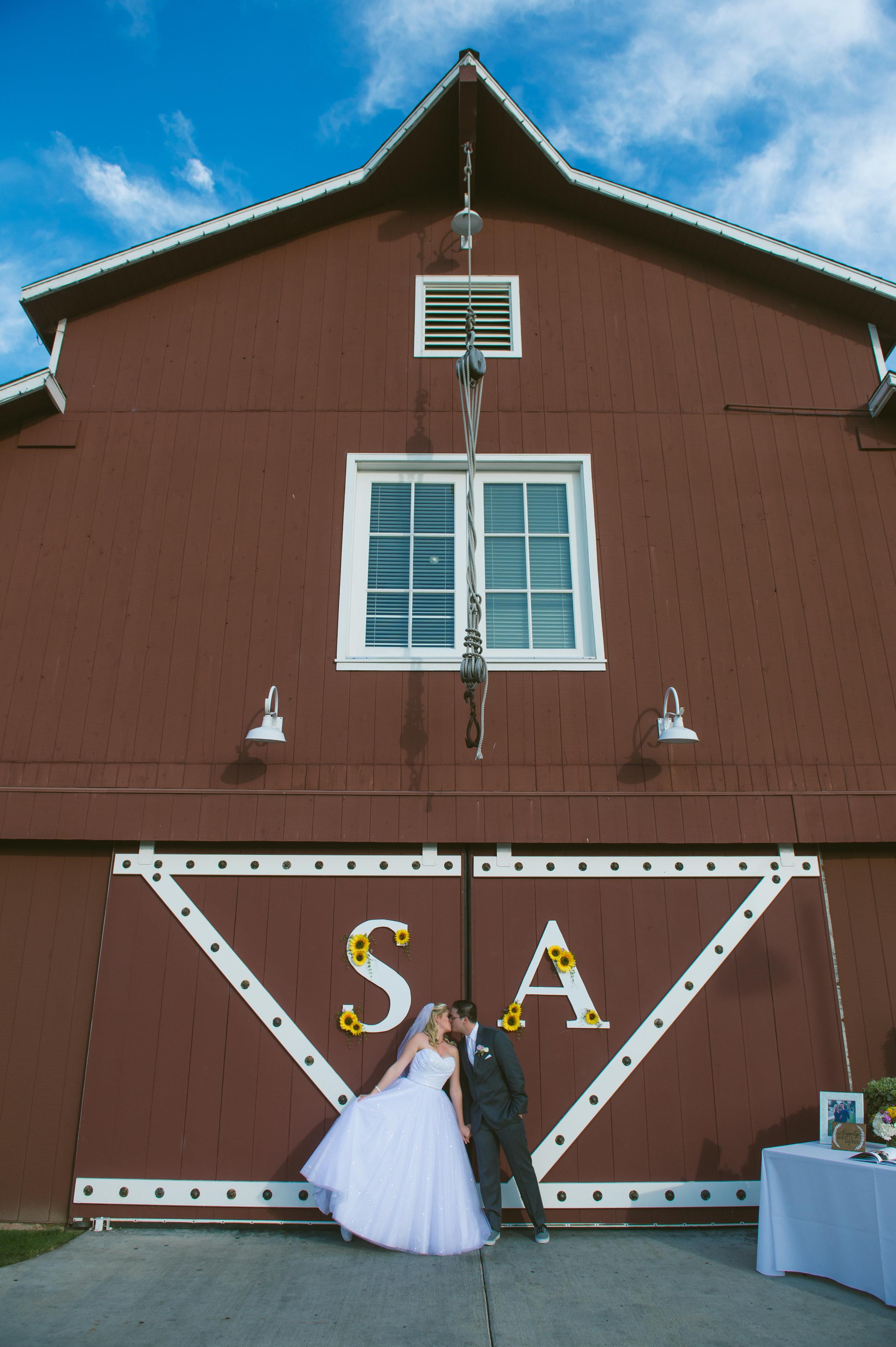 28Strawberry Farm Golf Club Wedding Pictures.jpg