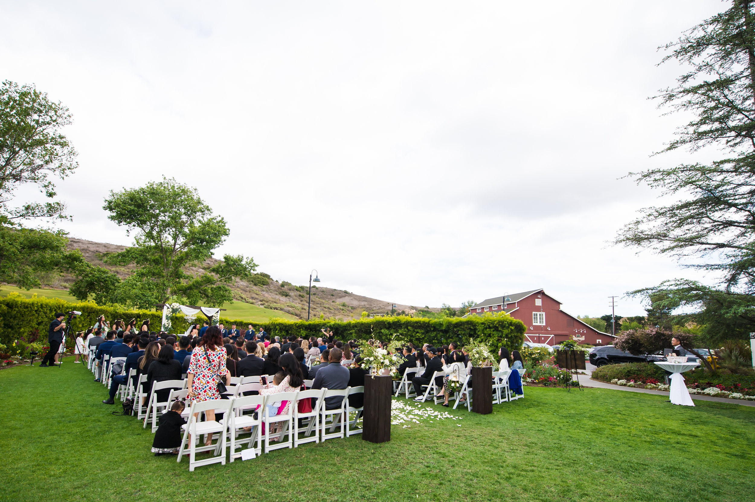 16Strawberry Farms Wedding Pictures.jpg