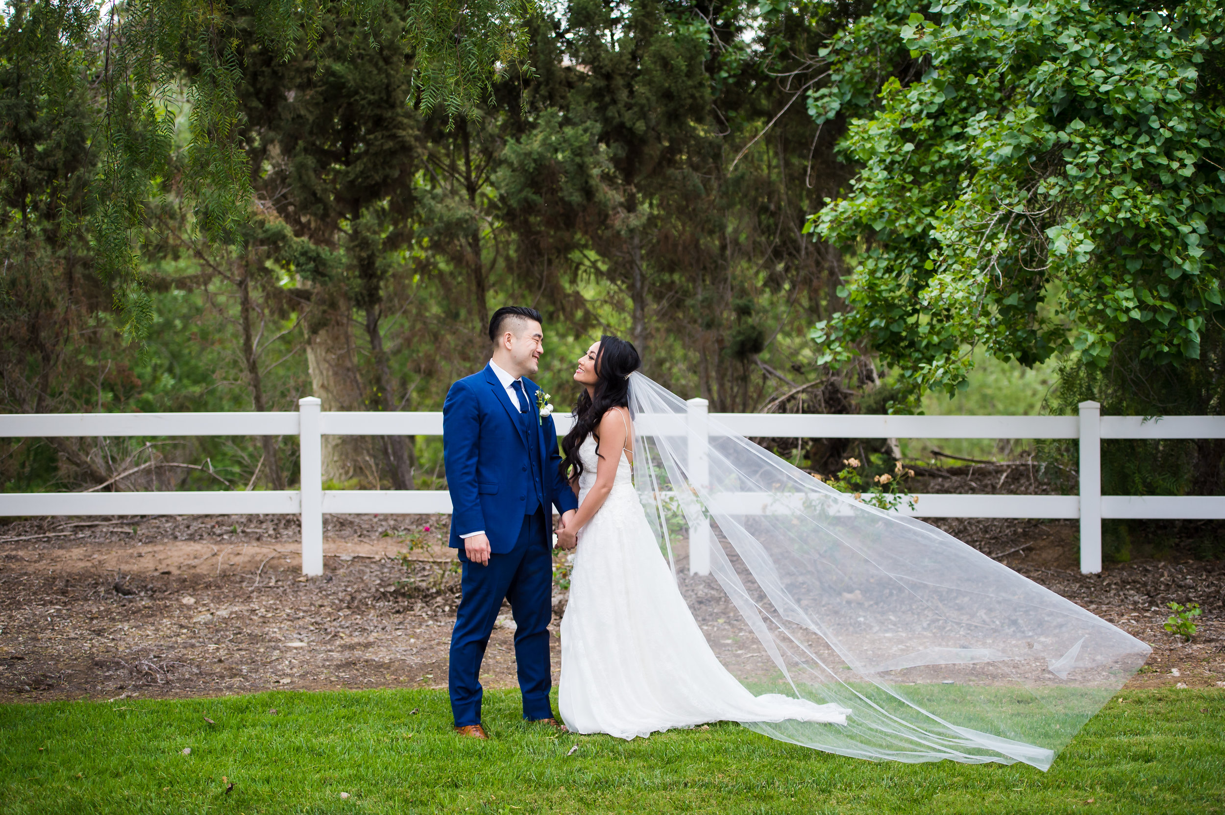 26Strawberry Farms Wedding Pictures.jpg