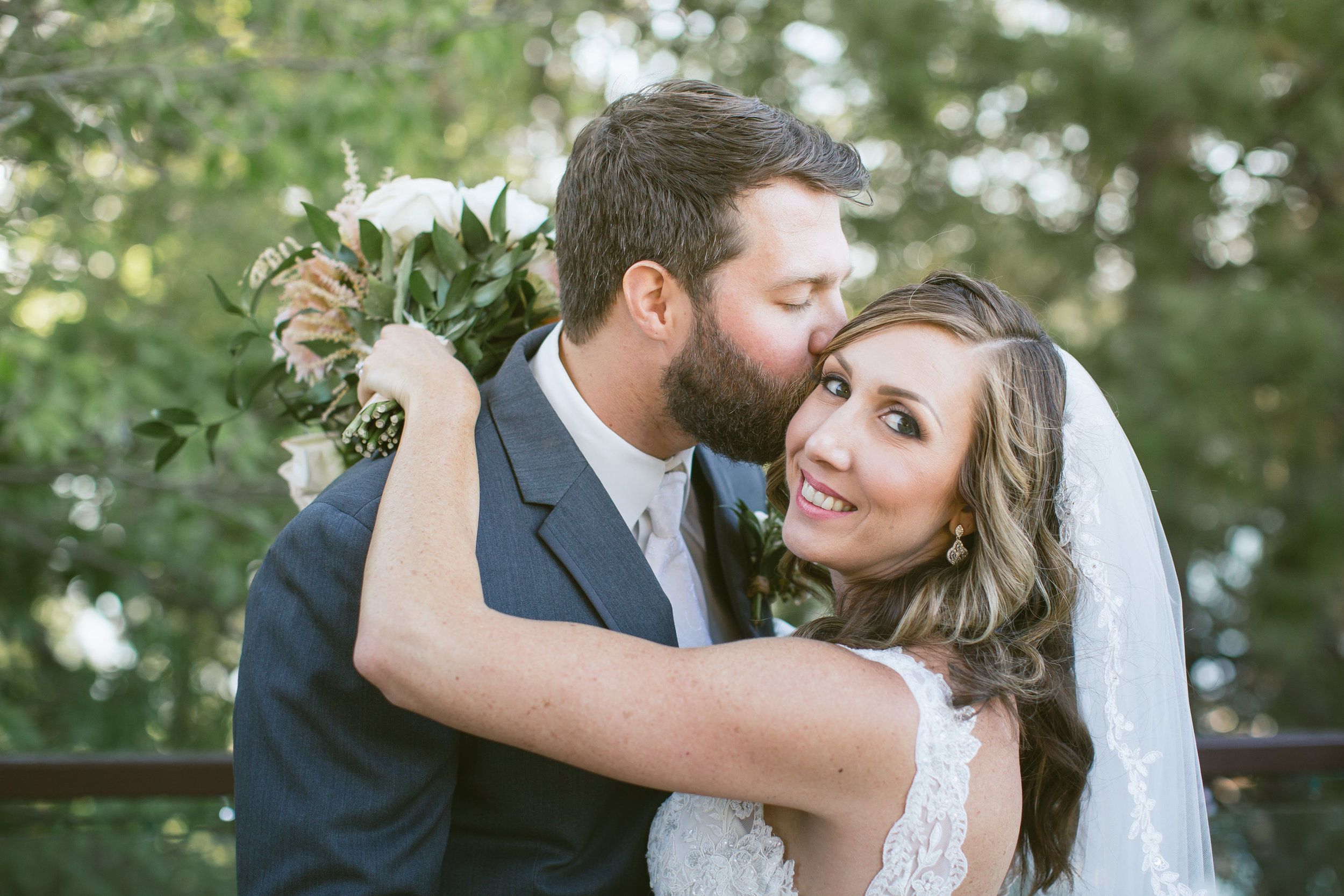 Amber + Elitt Say I Do in Lake Arrowhead