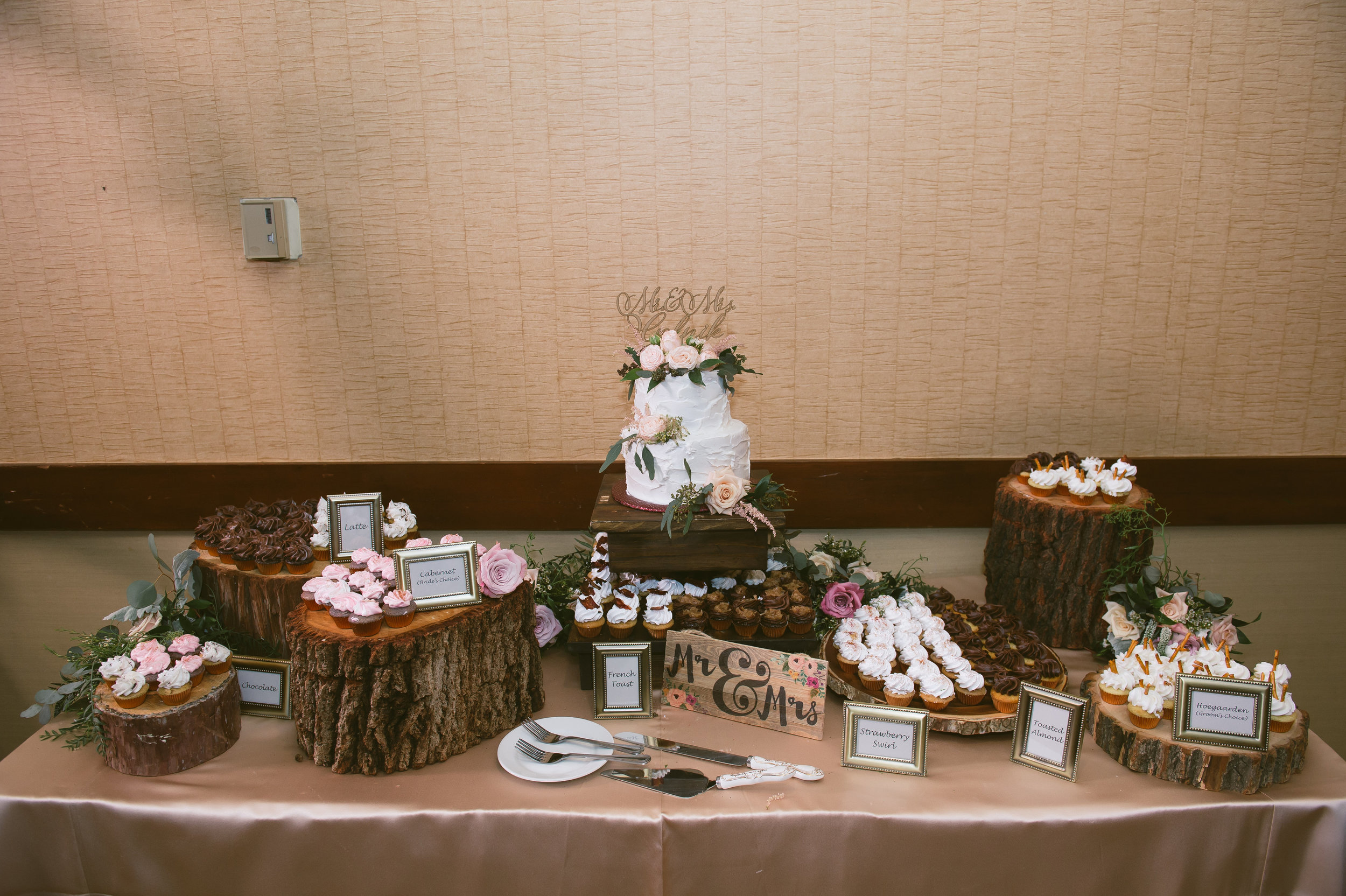 39Lake Arrowhead Resort Wedding Pictures.jpg