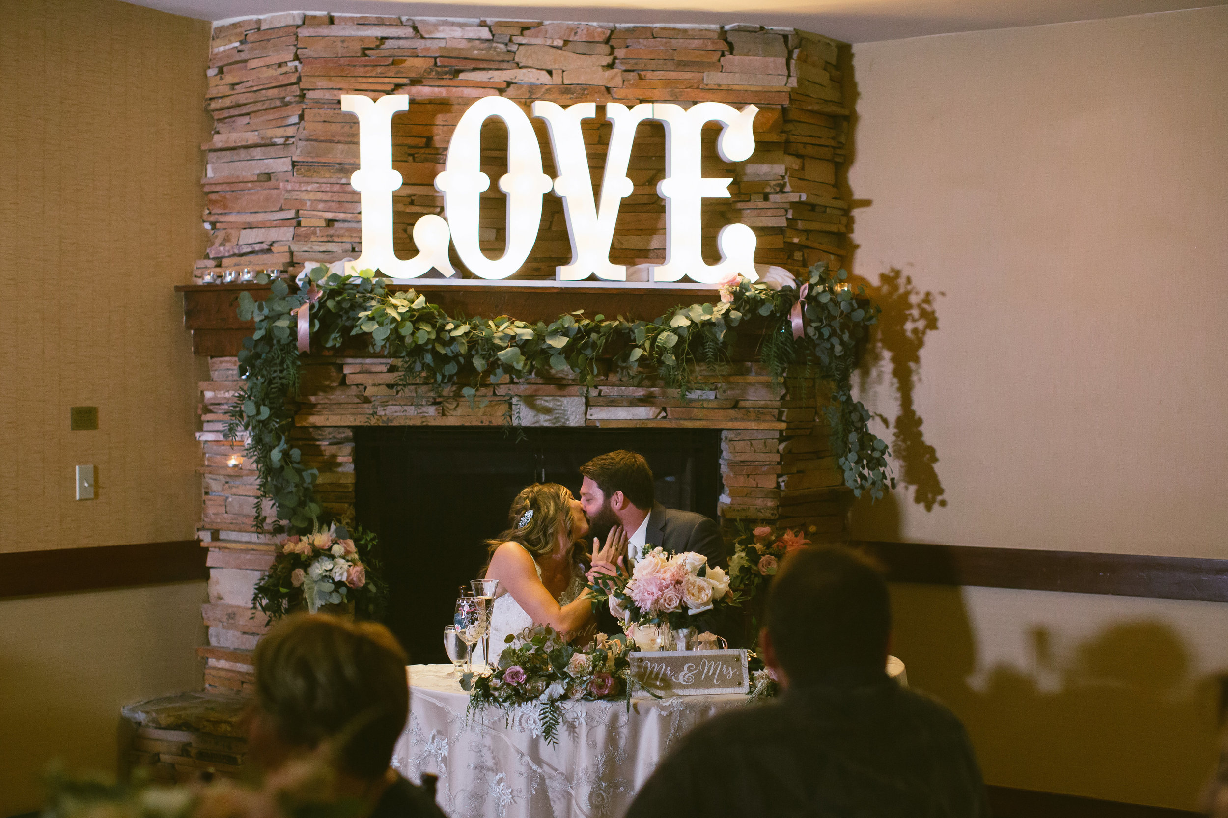 40Lake Arrowhead Resort Wedding Pictures.jpg