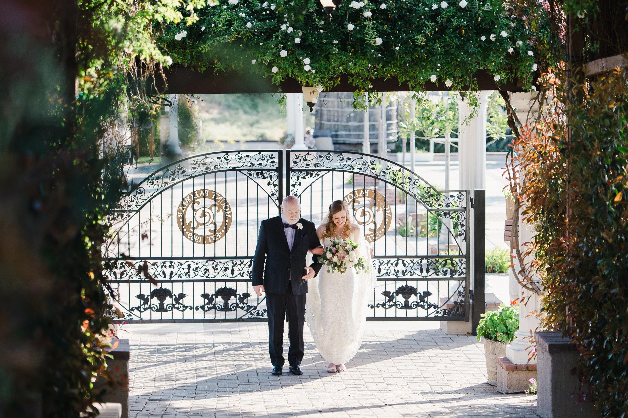 33mountpalomarwineryweddingpictures.jpg