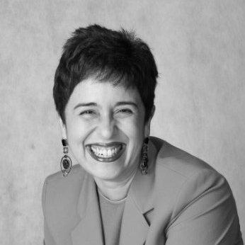 Neivia Justa - Projetos Especiais   Vencedora do Prêmio Aberje de Comunicadora do Ano (2017) e Troféu Mulher Imprensa, tem mais de 25 anos de experiência em comunicação e marketing em empresas B2C e B2B, como J&J, Goodyear, GE, Schincariol, Natura e Timex.  Neivia foi a primeira executiva mulher a participar nas reuniões do conselho da Schincariol e ter um cargo de diretora na Goodyear Latin America nos 99 anos de existência da empresa na região.  Pós-graduada pela FGV, com MBA pela USP e cursos executivos no Insper e na Tuck Business School (USA), Neivia é fundadora do movimento #ondeestaoasmulheres, que promove a discussão sobre a representatividade da mulher em todos os campos da sociedade.