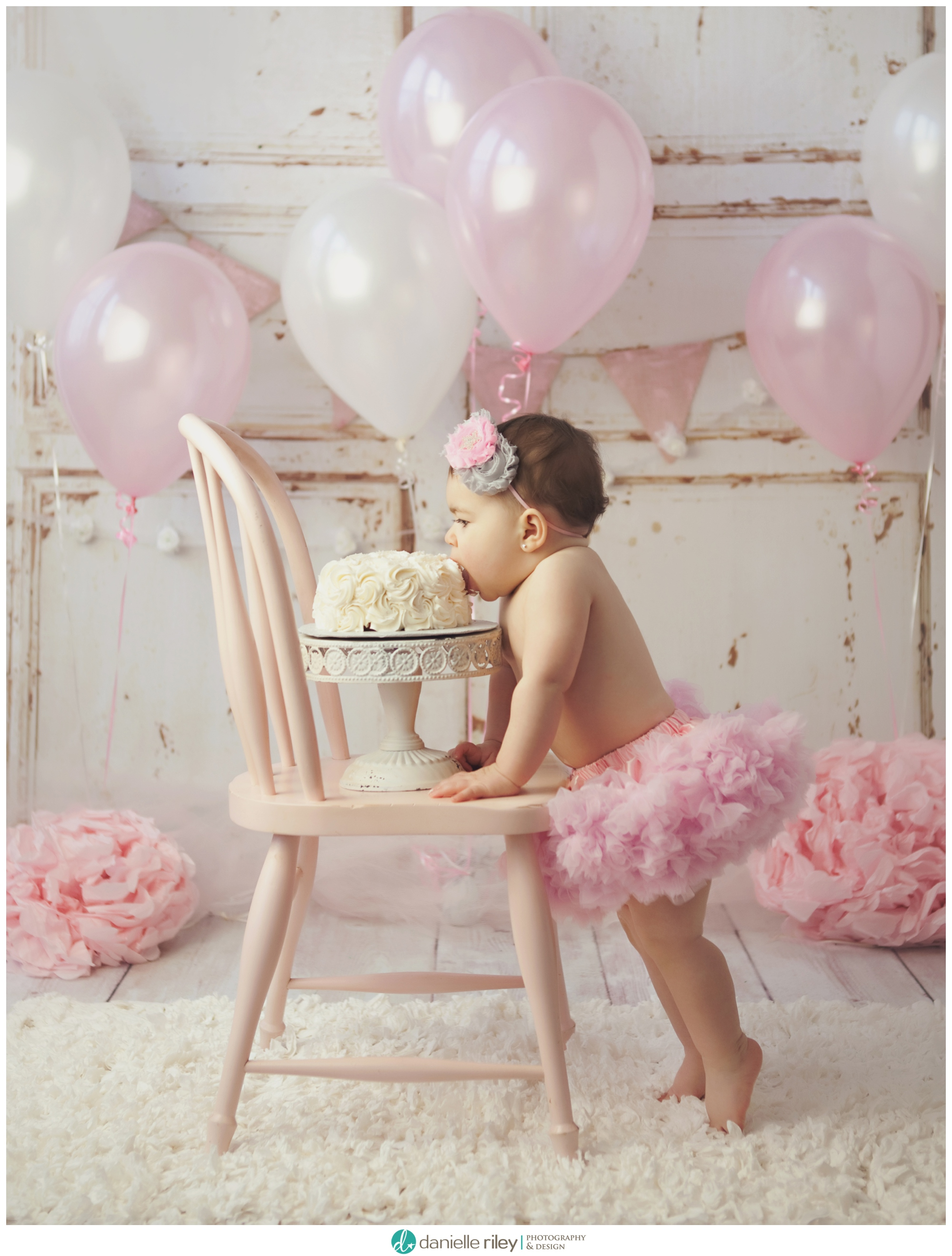 New Jersey First Birthday Cake Smash Portrait Session