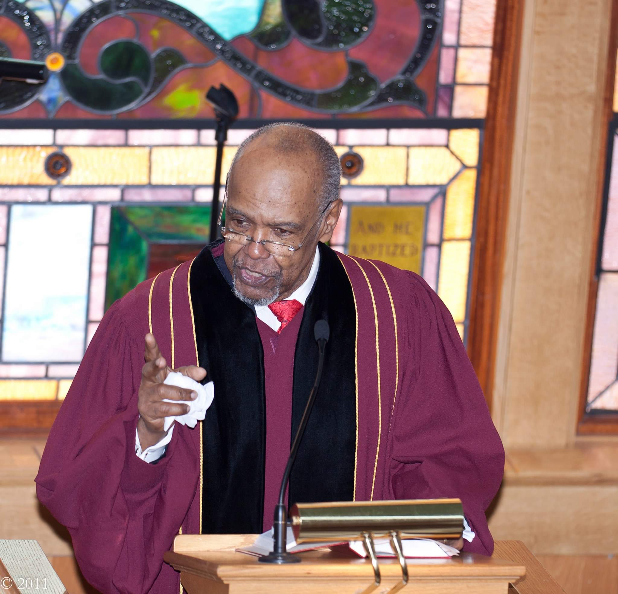 SERMONS - Press play to listen to a sampling of Reverend Haywood's sermons.