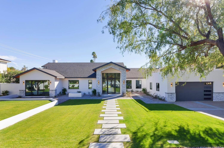 Phoenix - Arcadia - $2,850,000