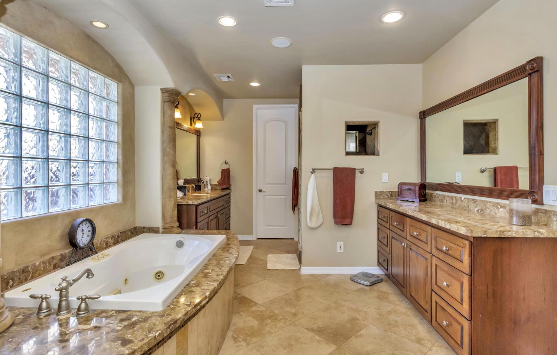 4012 E Claremont Ave-large-025-26-Master Bedroom Ensuite-1500x955-72dpi.jpg
