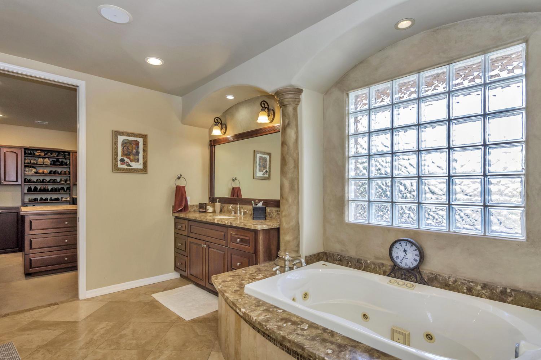 4012 E Claremont Ave-large-026-23-Master Bedroom Ensuite-1500x1000-72dpi.jpg