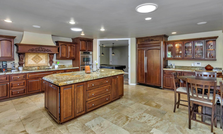 4012 E Claremont Ave-large-017-14-Kitchen-1500x902-72dpi.jpg