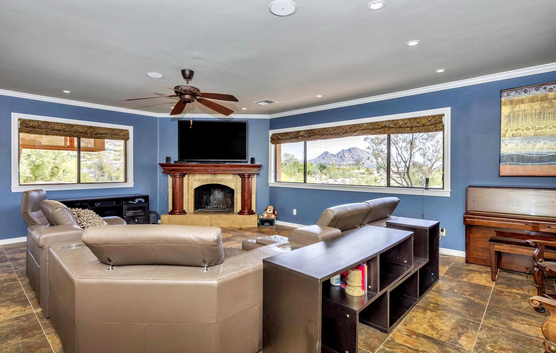 4012 E Claremont Ave-large-019-15-Living Area-1500x954-72dpi.jpg