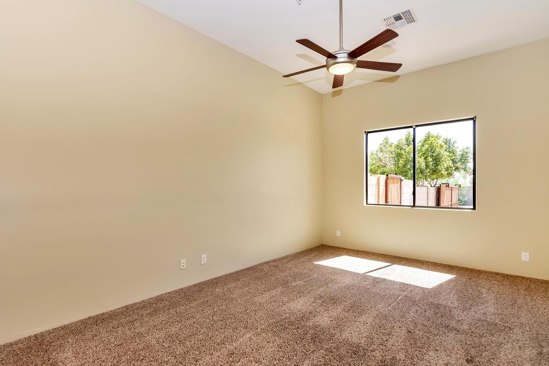 23945 N 67th Ave-large-059-46-Bedroom 2-1500x1000-72dpi.jpg