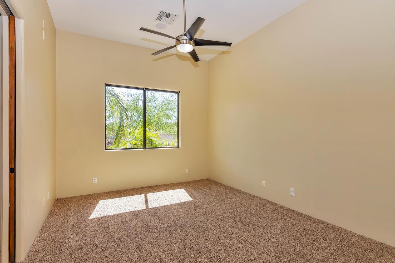 23945 N 67th Ave-large-060-45-Bedroom 3-1500x1000-72dpi.jpg