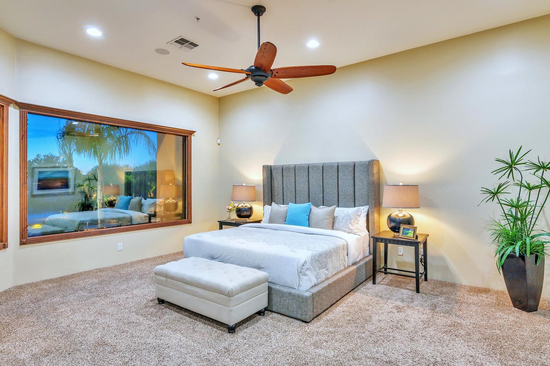 23945 N 67th Ave-large-033-18-Master Bedroom-1500x1000-72dpi.jpg