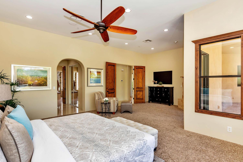 23945 N 67th Ave-large-034-41-Master Bedroom-1500x1000-72dpi.jpg