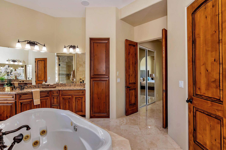 23945 N 67th Ave-large-037-52-Master Bedroom Ensuite-1500x1000-72dpi.jpg