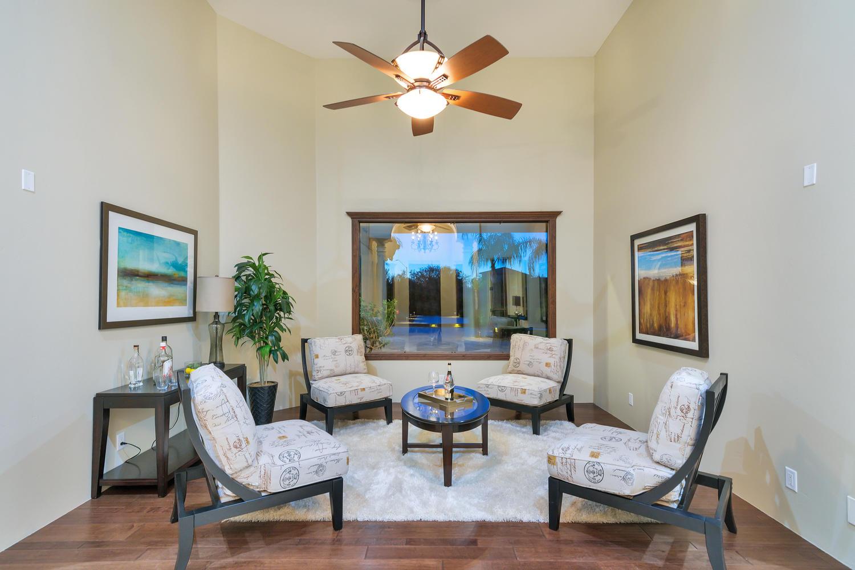 23945 N 67th Ave-large-011-55-Living Room-1500x1000-72dpi.jpg