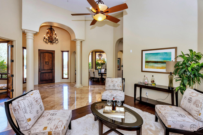 23945 N 67th Ave-large-009-35-Living Room-1500x1000-72dpi.jpg
