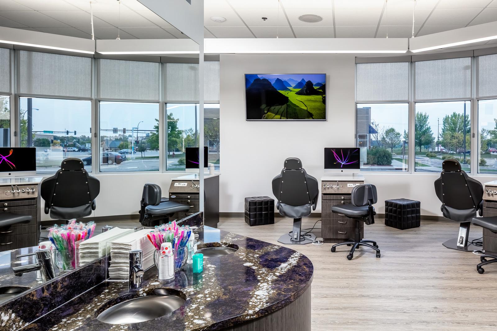 Michael King Orthodontics - Clinic 1