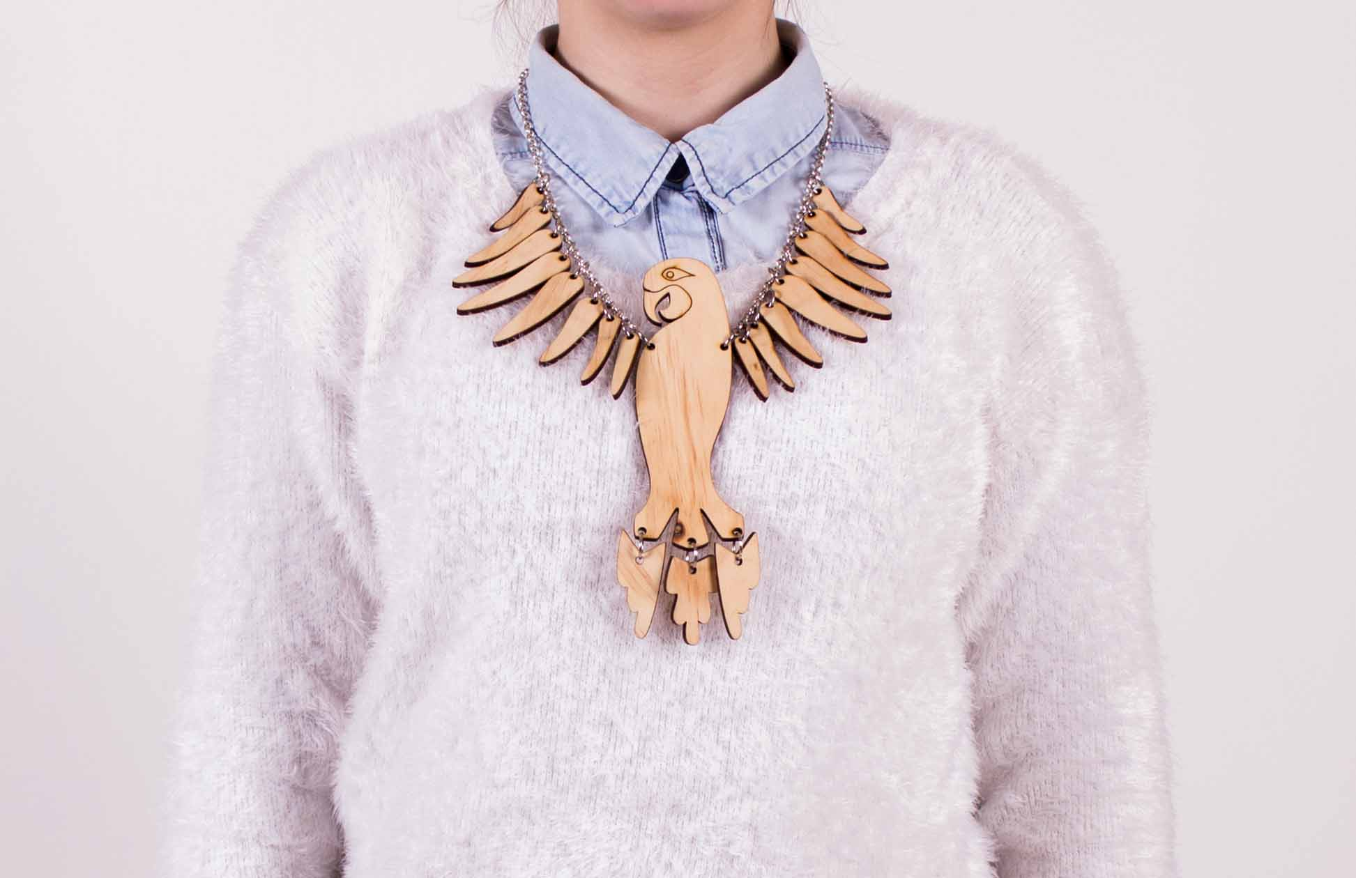 parrot necklace.jpg