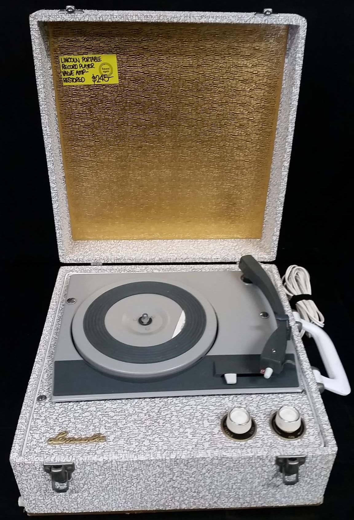 Lincoln Portable Record Player.jpg