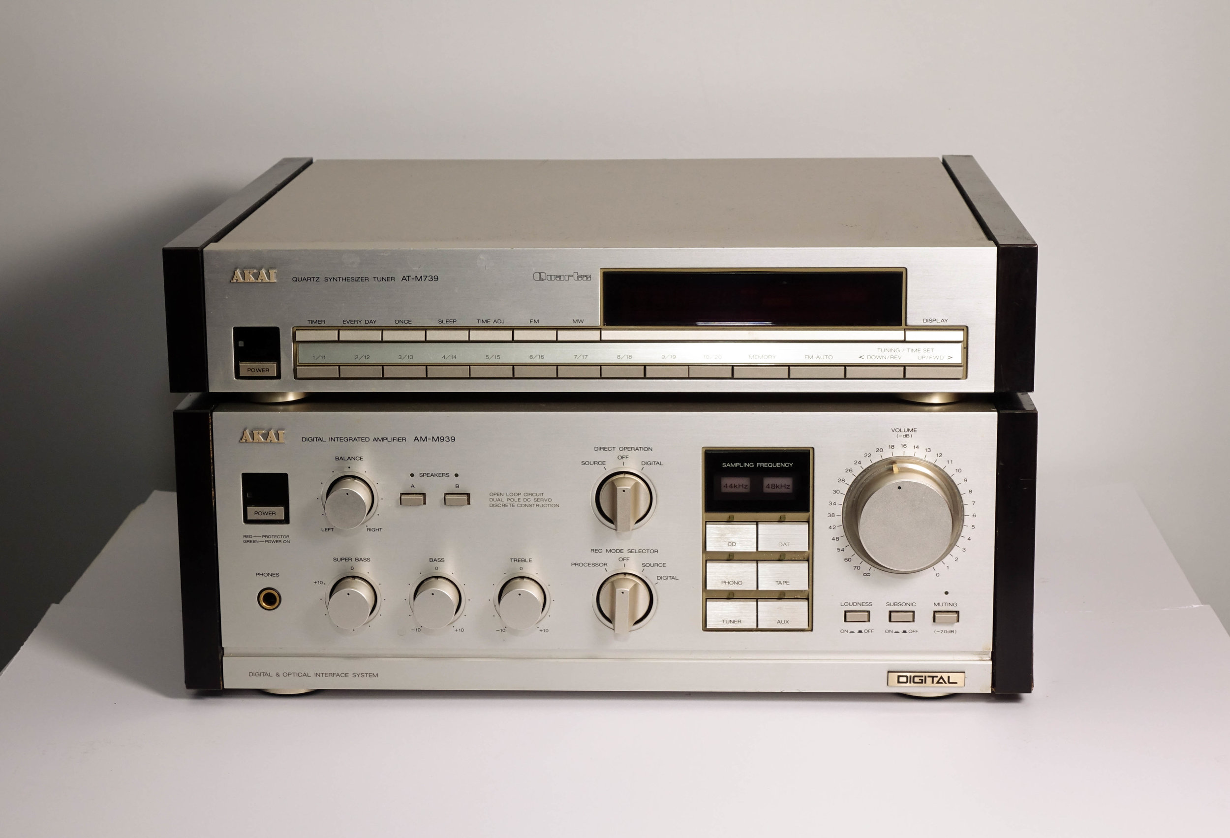 Akai AM M939 + AT M739   Specifications   Power output: 80 watts per channel into 6Ω (stereo)  Frequency response: 5Hz to 100kHz  Total harmonic distortion: 0.008%  Damping factor: 30  Input sensitivity: 2.5mV (MM), 150mV (line)  Signal to noise ratio: 85dB (MM), 100dB (line)  Output: 150mV (line)  Speaker load impedance: 6Ω to 16Ω  Digital inputs: coaxial, optical  Dimensions: 385 x 139 x 330mm  Weight: 10.3kg   $375