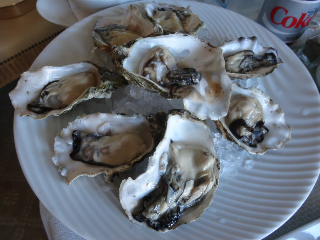 Fresh oysters (not on the menu)