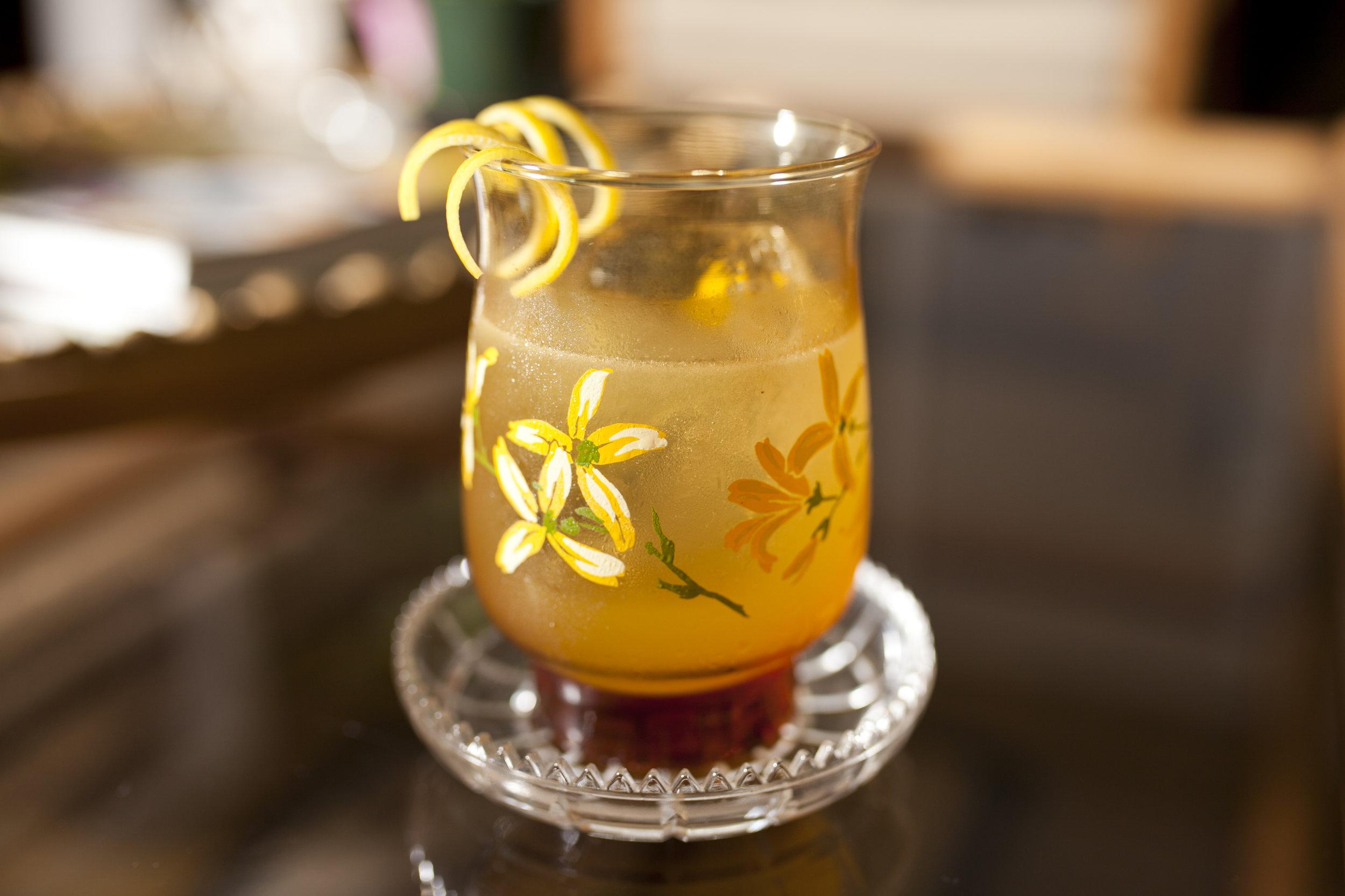 flower glass margarita.jpg