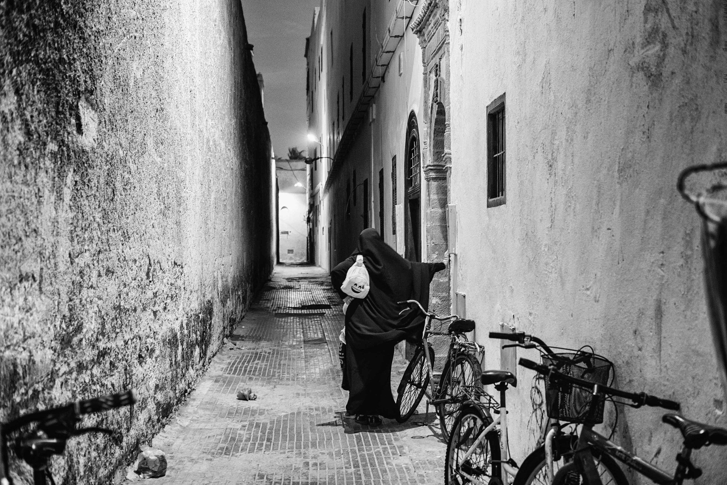 Jane Zhang - Essaouria Street Photography-18-2.jpg