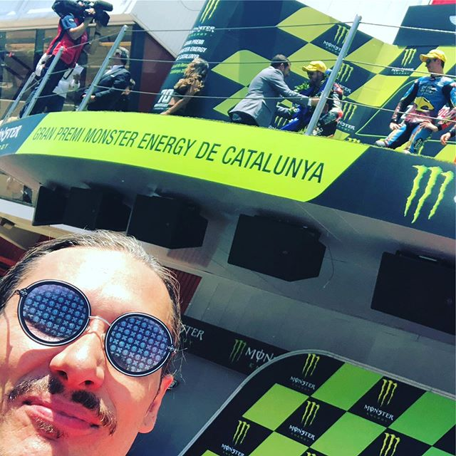 Don't know what's happening but, every single time the #paradisephantoms hit the #racetrack @alexmarquez73 and @marcvdsracing WIN!! 🏆🏆🏁, shades powered by @skullriderinc #phantomsracing #modernfunk #electrofunk #summer #circuitdecatalunya #podium #life
