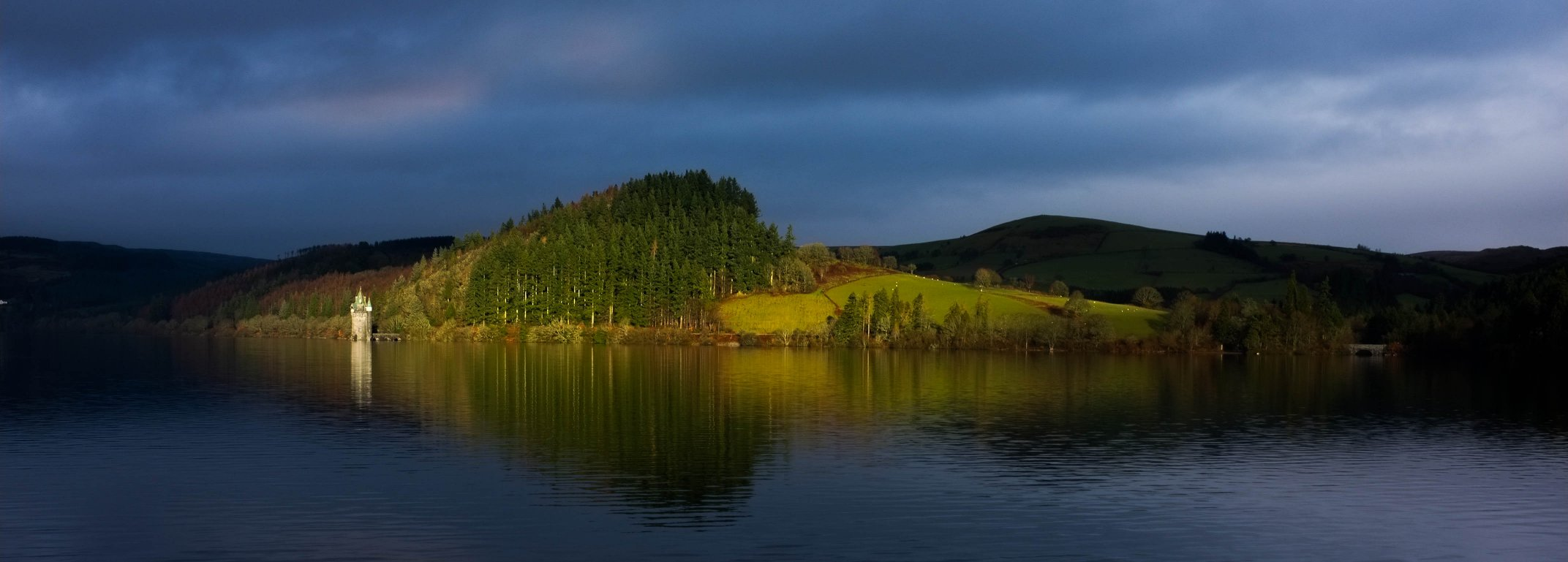 Lake Vyrnwy - A Break In The Light
