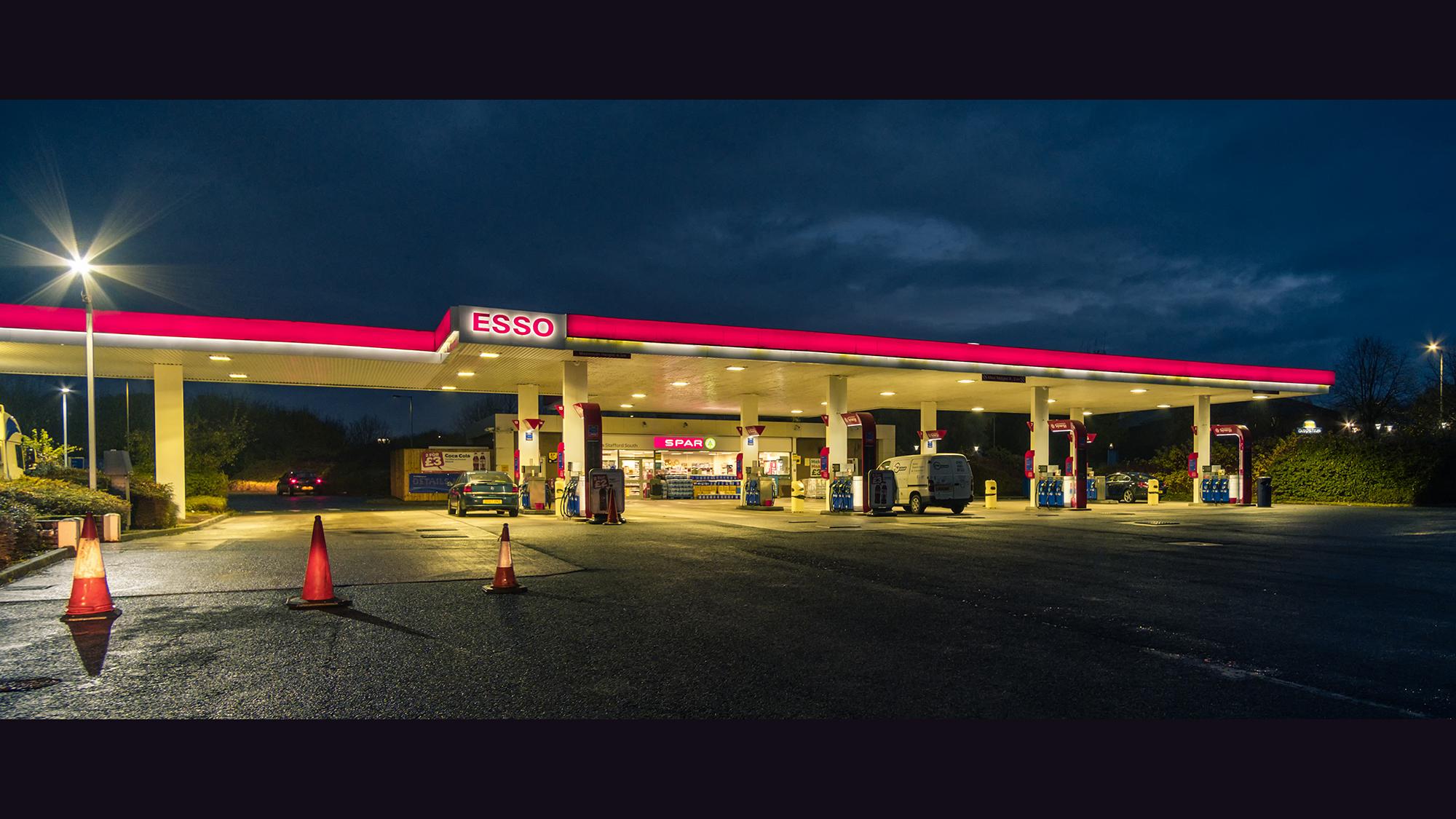 4 Gas Station - Stafford