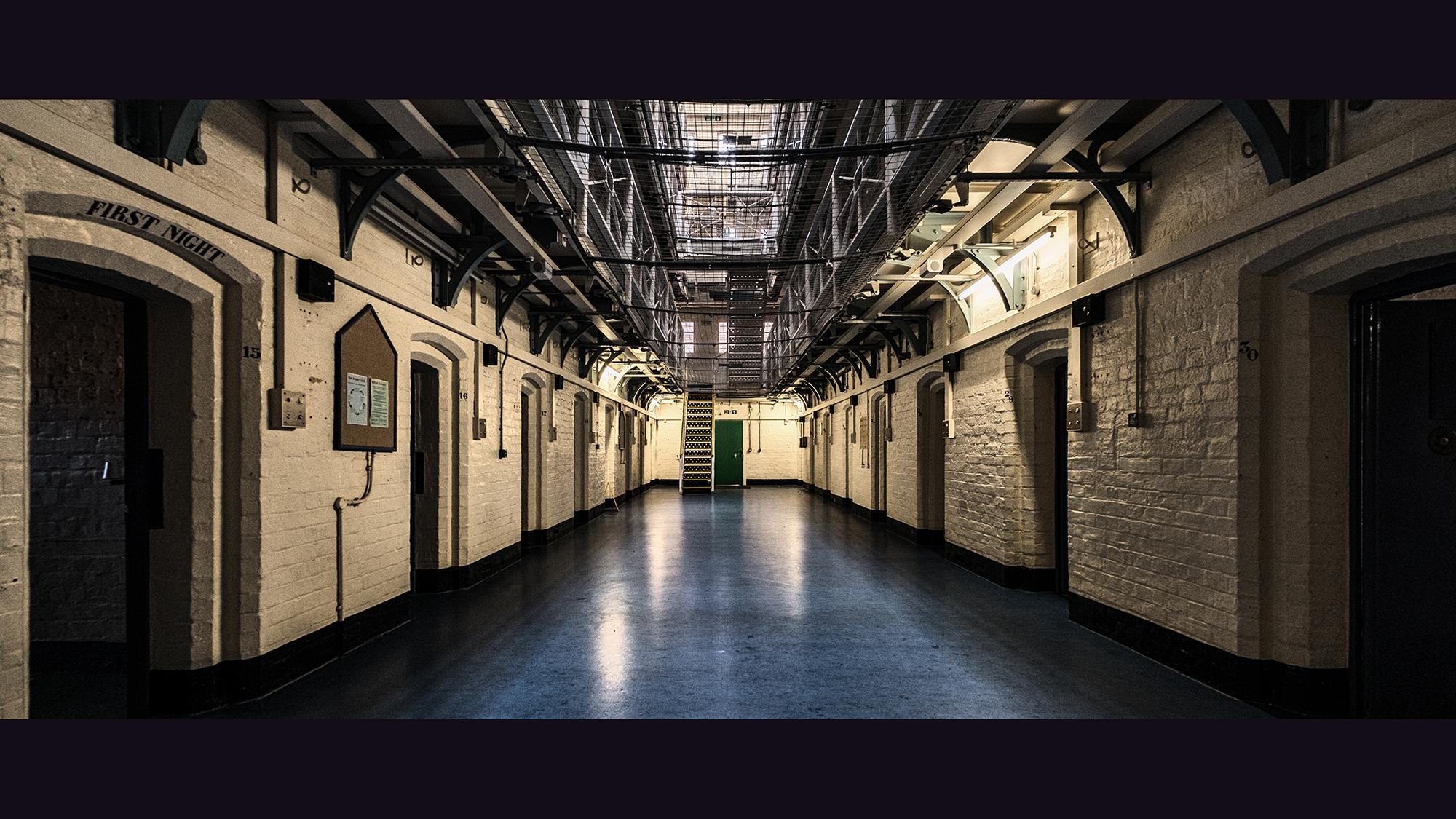 6 Prison Blues - Shrewsbury