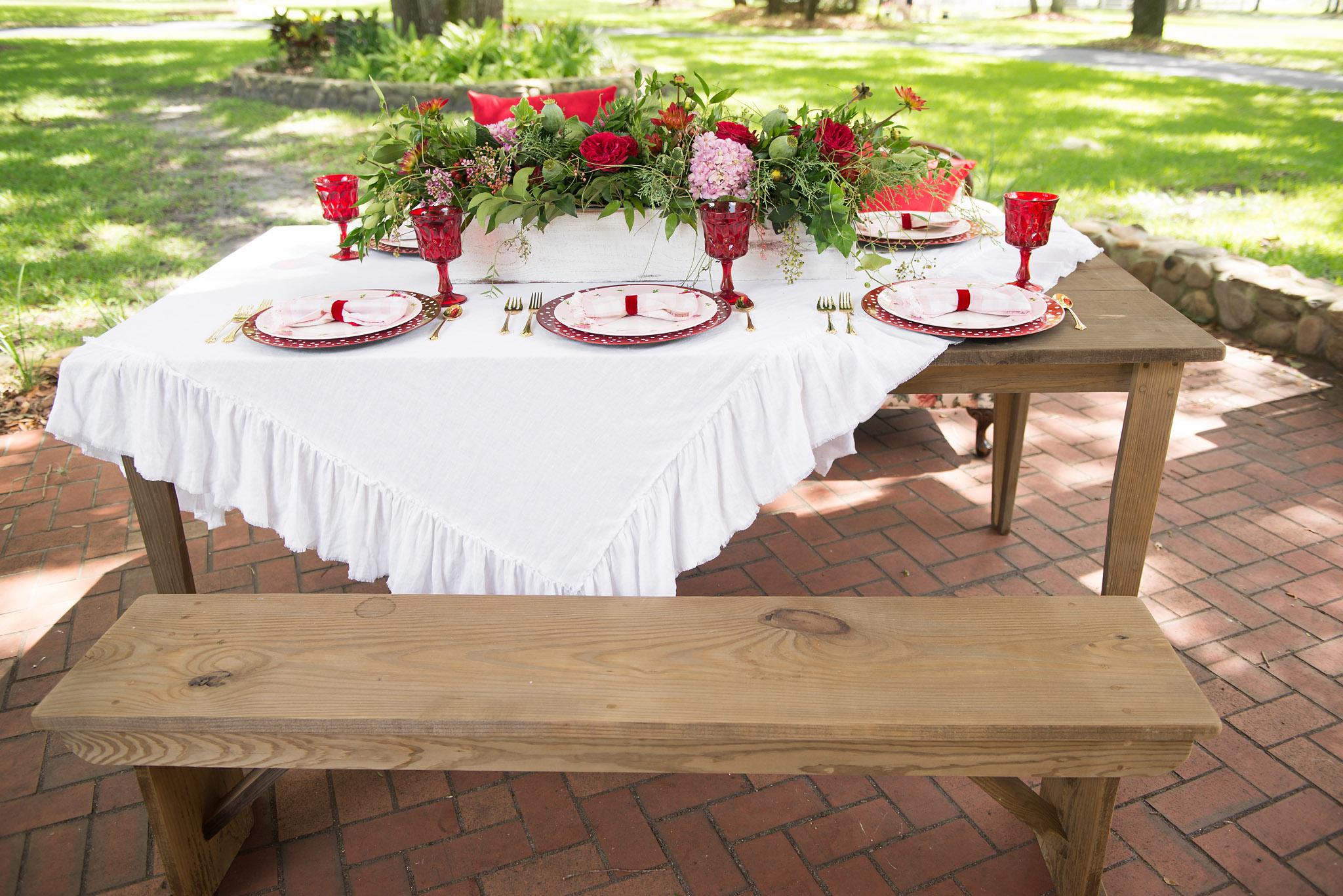 Dade City Farm Table Rentals
