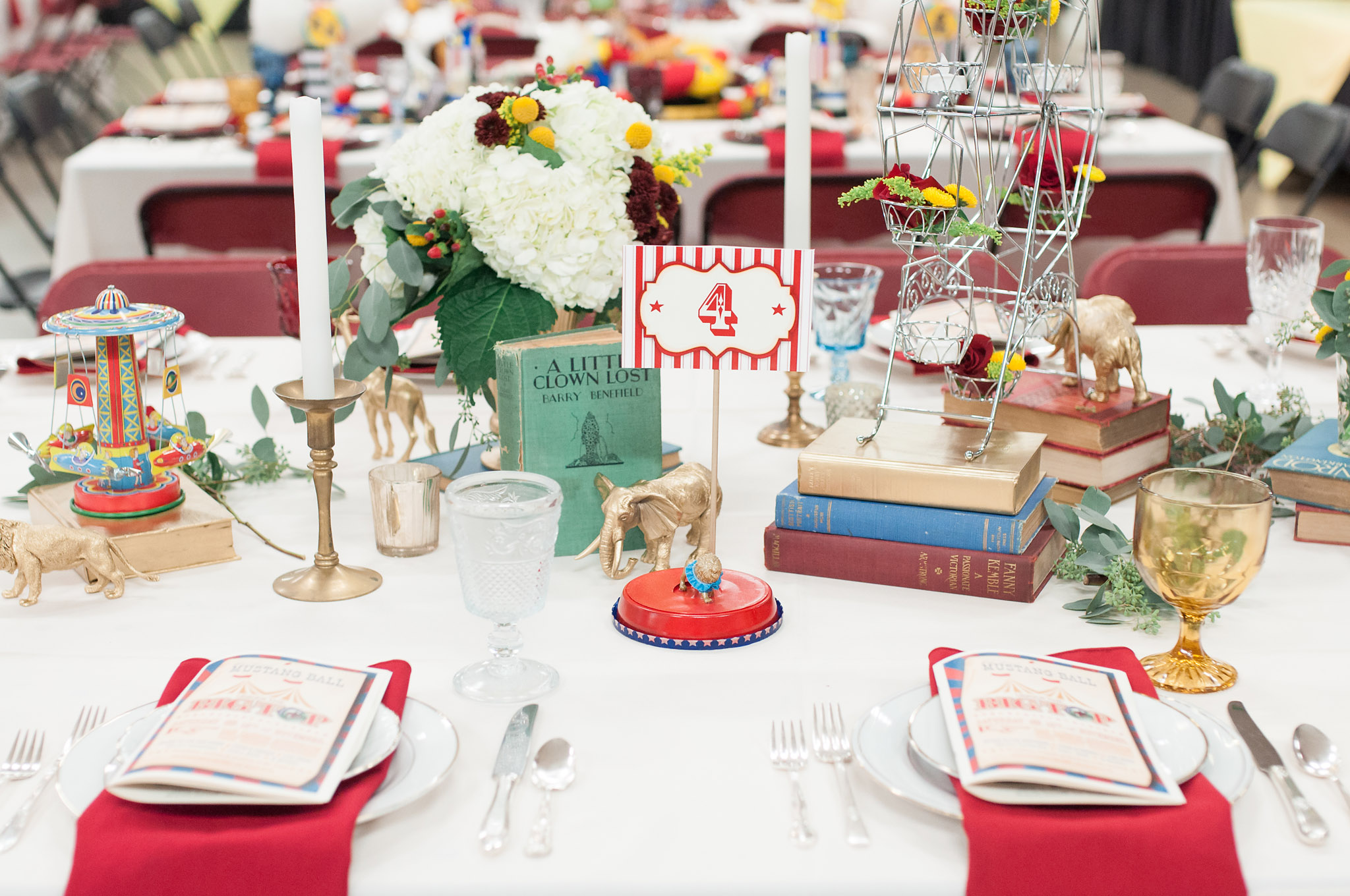 Vintage Carnival Circus Table Decor
