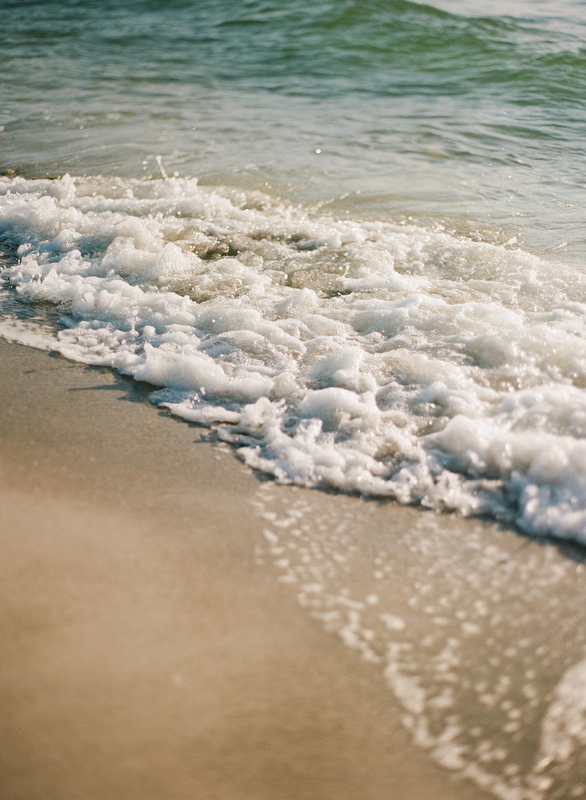 SandKeyParkBeachElopementInspiration-154.jpg
