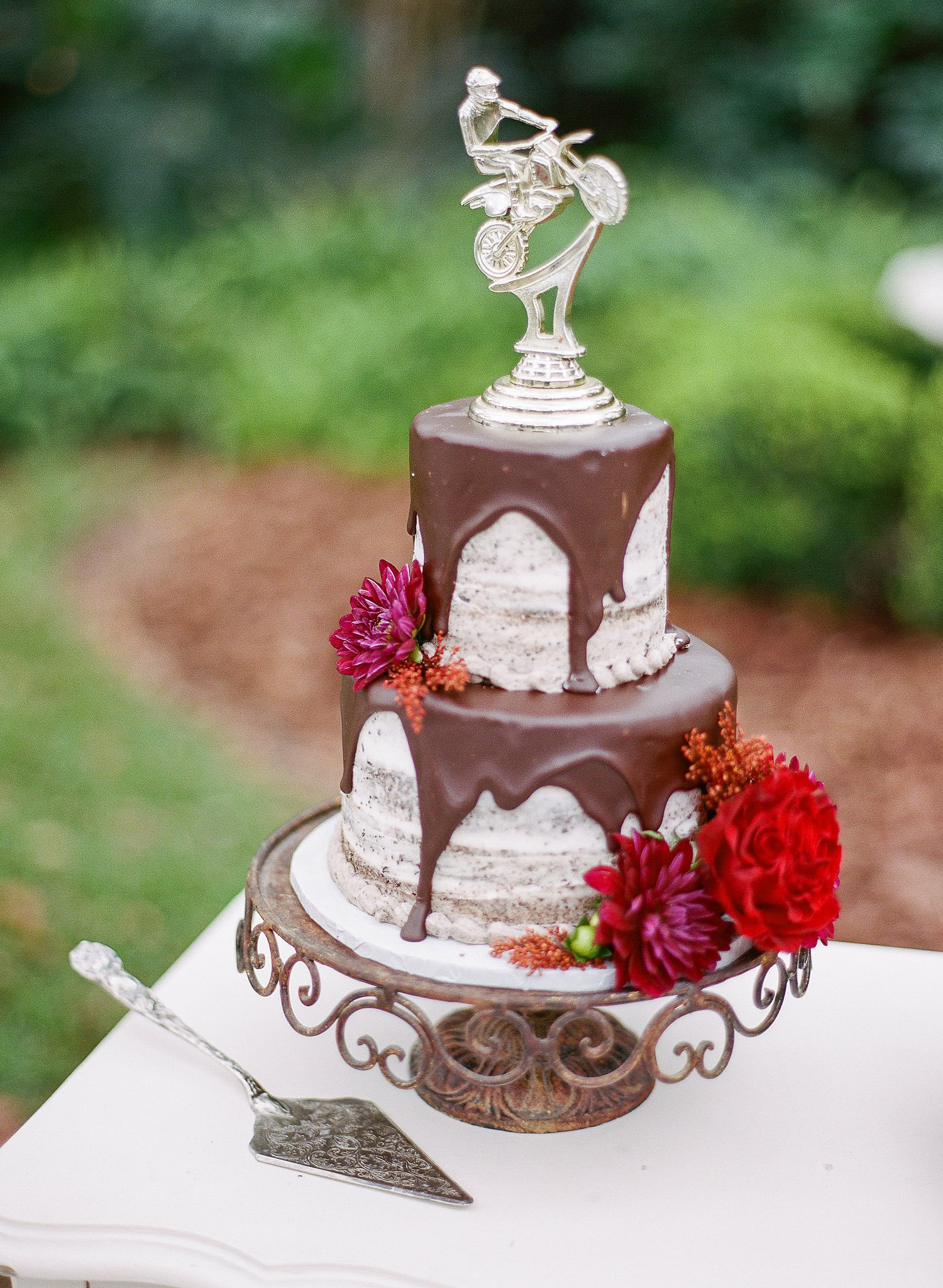 Cake with Trophy Topper