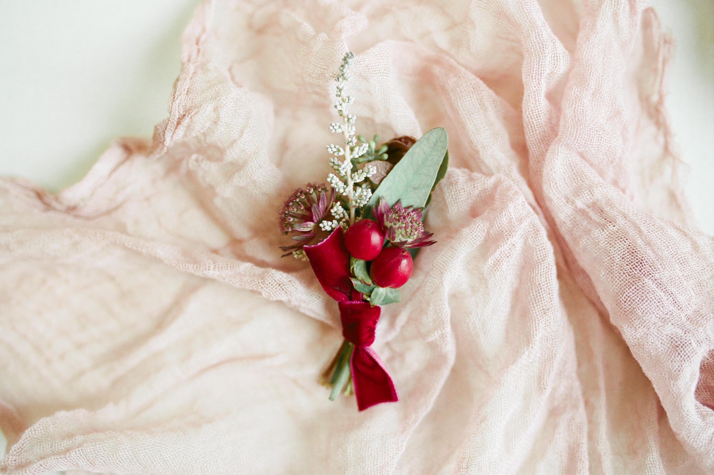 Ever-After-Vintage-Weddings-Burgundy-Blue-65.jpg