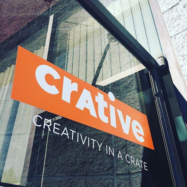 The new door vinyl looks real good 😊 #doityourself #diy #onlineshopping #crative #creativity #crativediy #getcrative #vsco #photography #newbusiness #new #clean #orange #outdoors #business #entrepreneur #success #springfieldmo