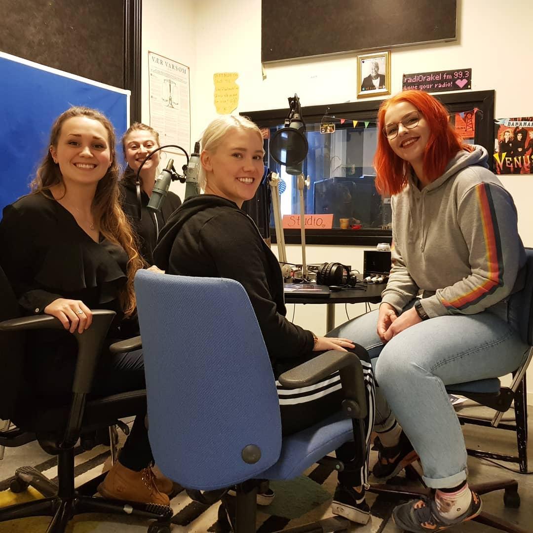 Ine Mariel, Suzanne, Thea og Synne i StorySquad som skal fortelle Aladdin på Fortellerfestivalen 2019