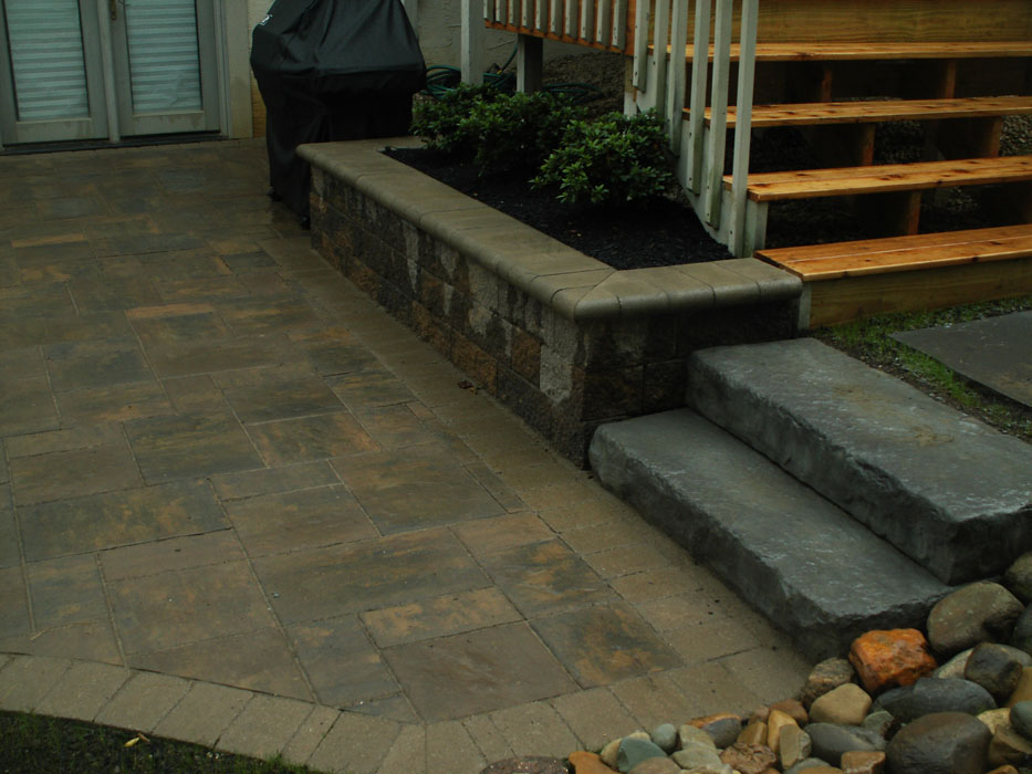 Tobe Stone Tread Steps and Planter Wall