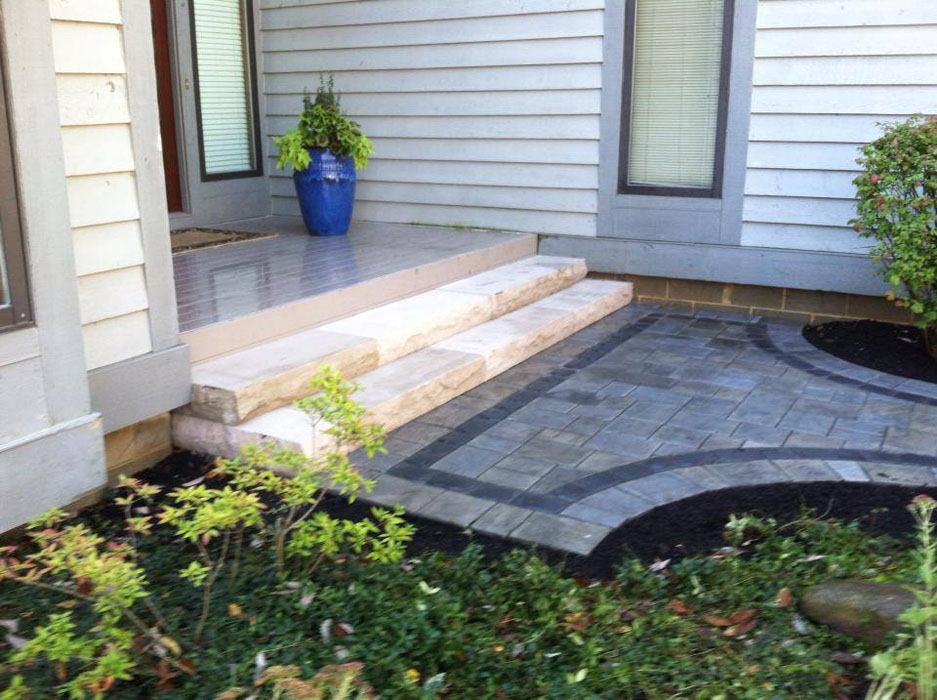 Lippold Front Steps