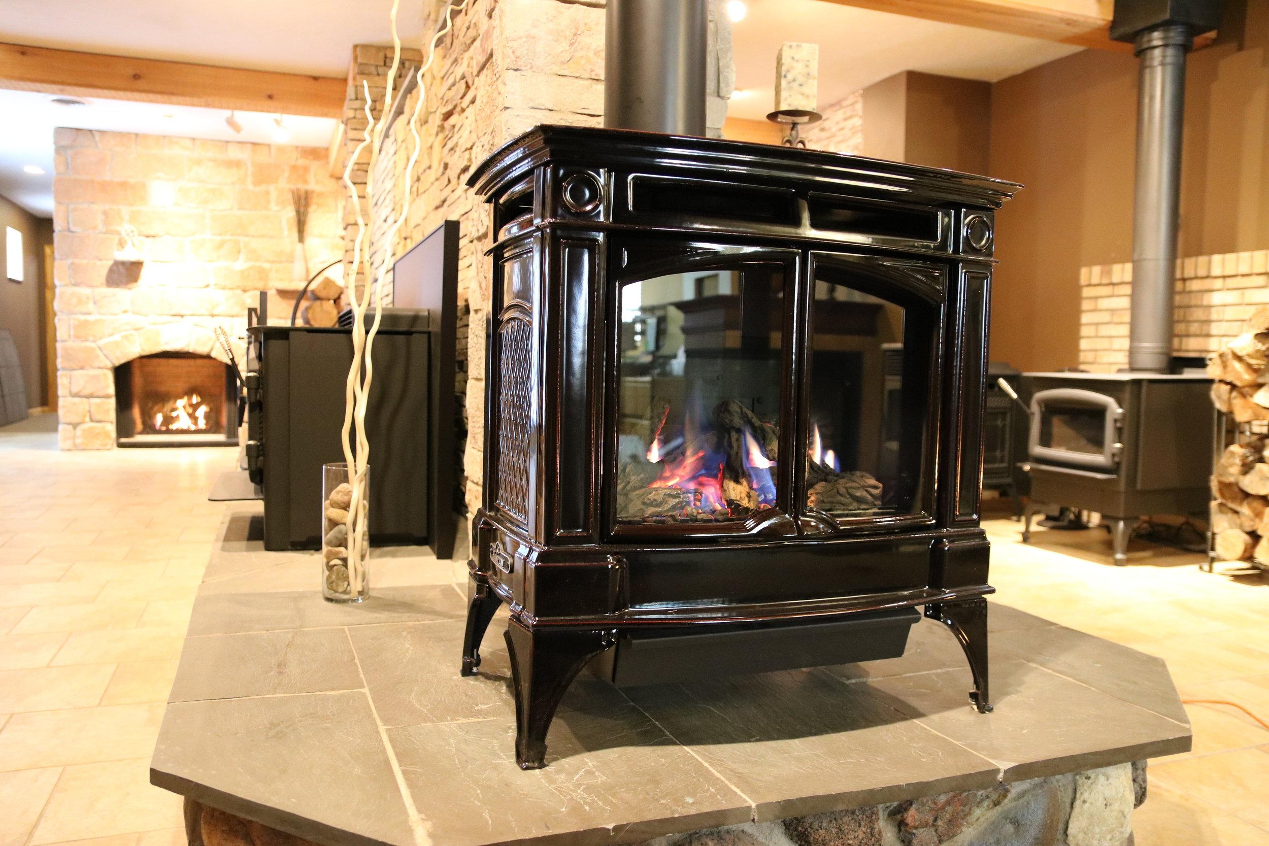 Regency H35 Gas stove super up close.jpeg
