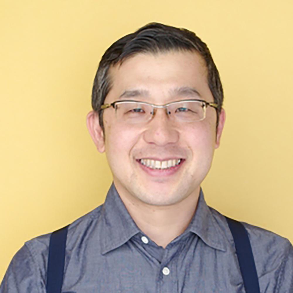 福岡 利武 (映画監督)    徳島県阿南市出身。NHKドラマ部で演出やプロデューサーを務めている。演出では大河ドラマ「龍馬伝」連続テレビ小説「カーネーション」「ごちそうさん」「ひよっこ」など。プロデューサーとしては連続テレビ小説「あさが来た」や2019年4月から放送予定の「なつぞら」がある。